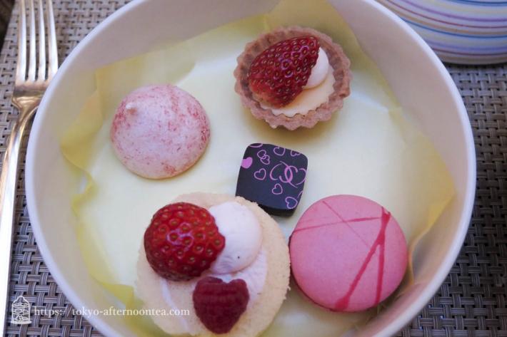 [ストリングスホテル東京インターコンチネンタル]苺のアフタヌーンティー