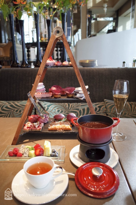 [ピャチェーレ/シャングリ・ラ ホテル 東京]バレンタインアフタヌーンティー